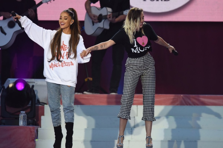 http-%2F%2Fhypebeast.com%2Fimage%2F2017%2F06%2Fariana-grande-one-love-manchester-highlights-1.jpg